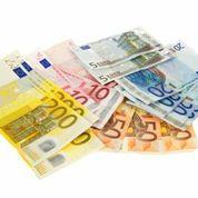 900 Euro Geld in wenigen Minuten auf dem Konto